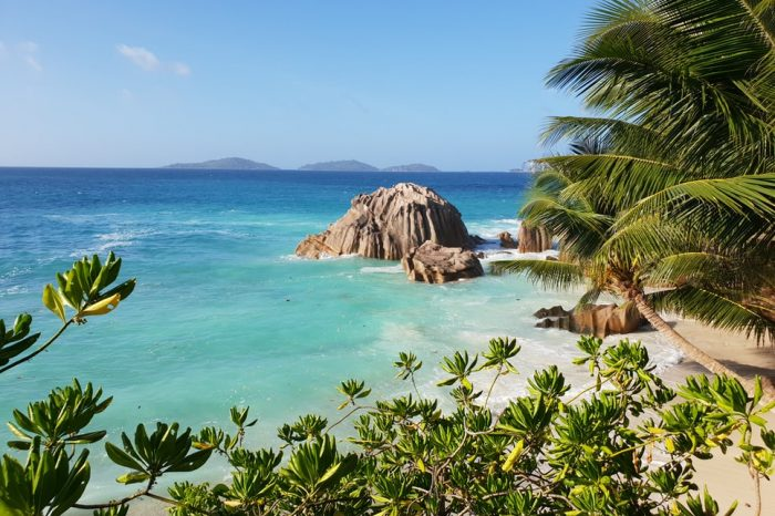 Почивка Сейшели, комбинация Дубай и Сейшелски острови