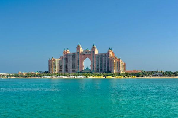 Почивка Дубай, Абу Даби, Оман – богата програма