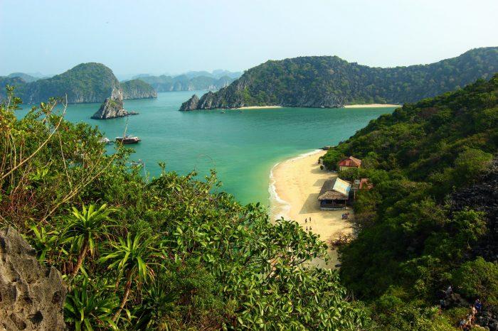 Екскурзия Виетнам – Ханой, Златния мост, Хо-Ши-Мин